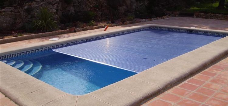 The right pool cover for each season!