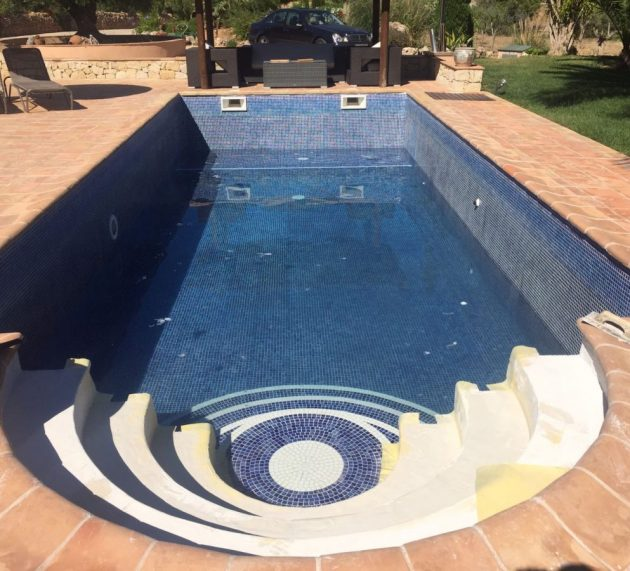 Pool renovation with REVESTECH